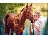 Ragazza e cavallo