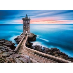 Faro a Bretone, Francia