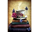 Libri e tazza di tè